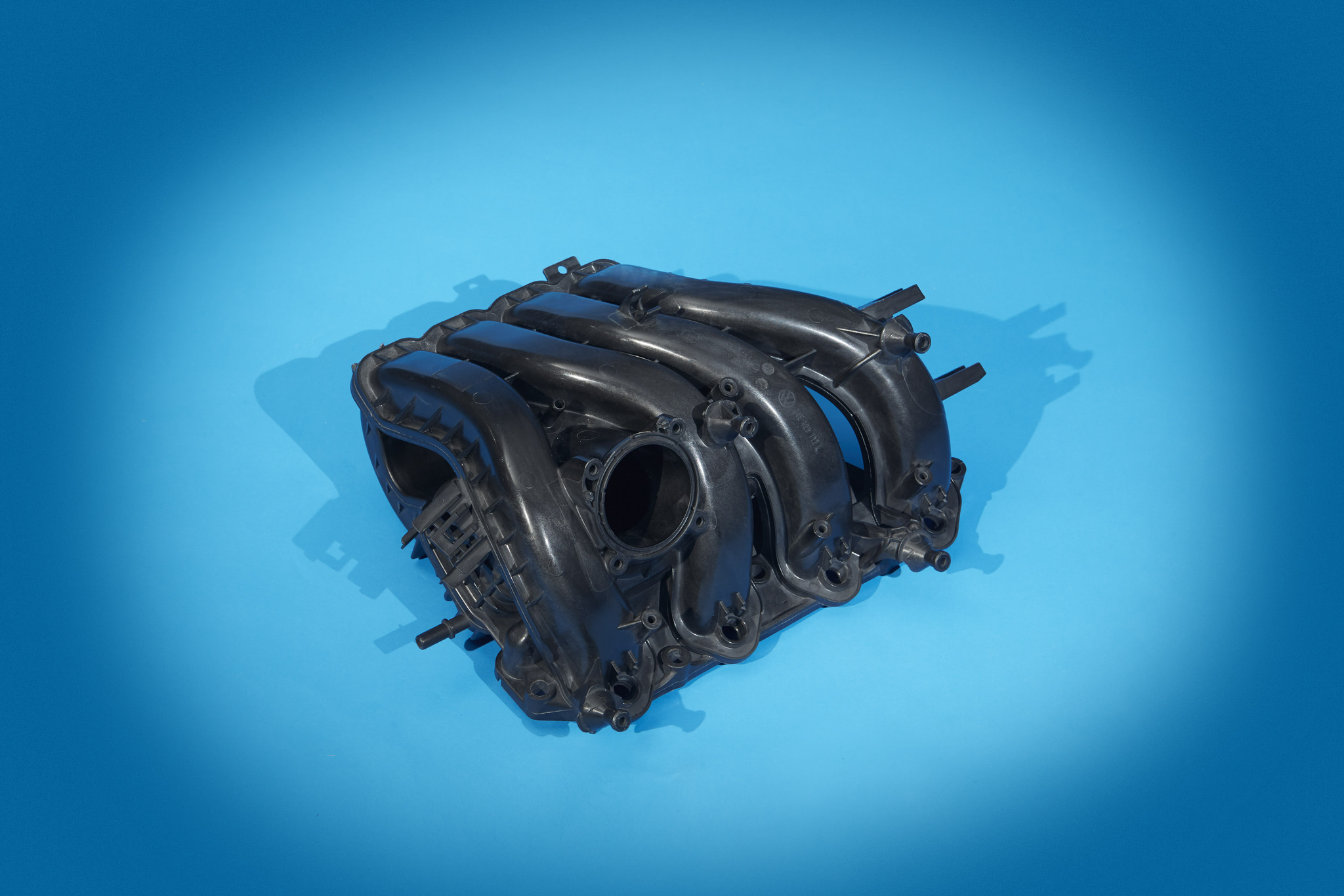 Plastic Car Parts in Engines and Transmissions - Automotive Plastics